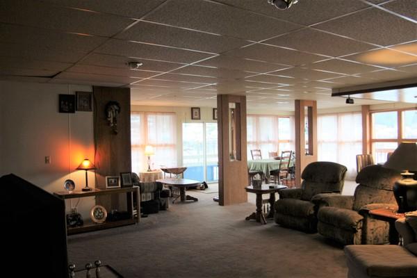 640 Shakes, Wrangell, Alaska 99929, 3 Bedrooms Bedrooms, ,4 BathroomsBathrooms,Commercial,Commercial,Shakes,1150